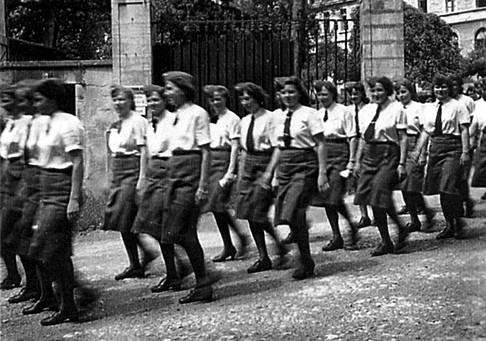 Luftwaffe assistants march in Vesoul, France.
